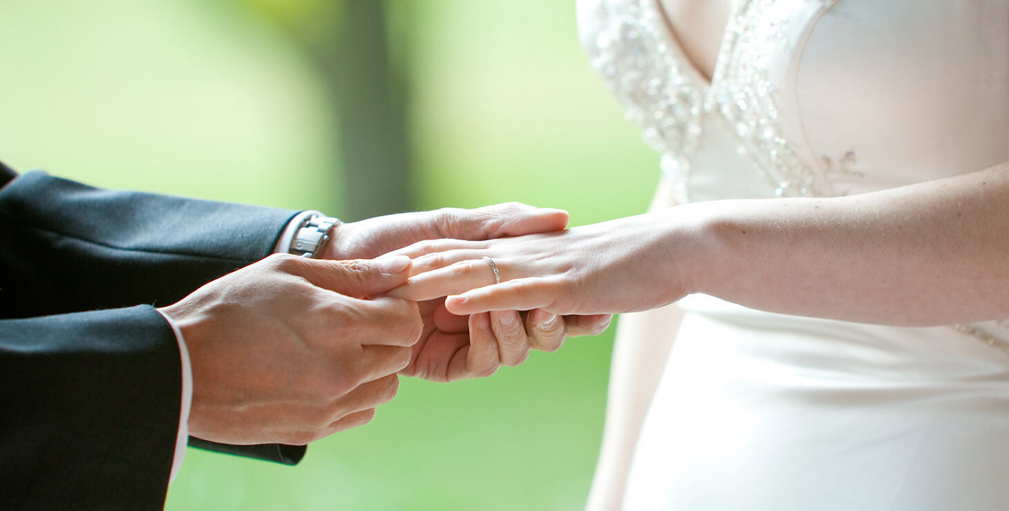 Exchanging of rings at elopement ceremony