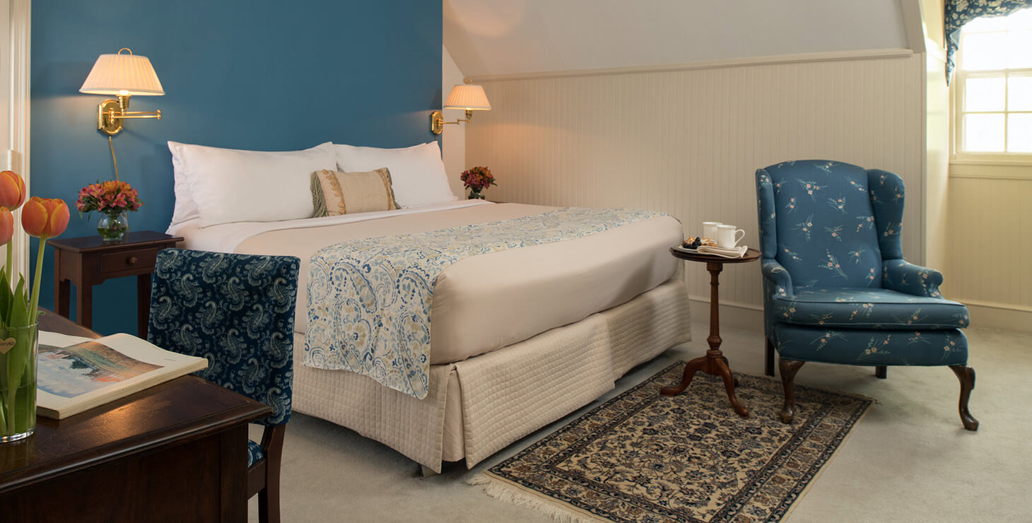 Ringgold Room bed, reading chair, and desk